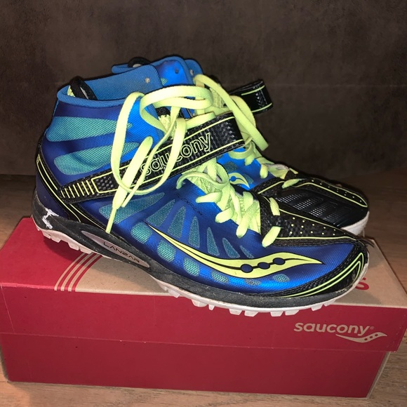 Saucony Shoes   Saucony Javelin Spikes